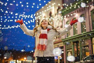 【LINE】背景が変わるクリスマスの隠し機能の使い方と使えない場合の対処法